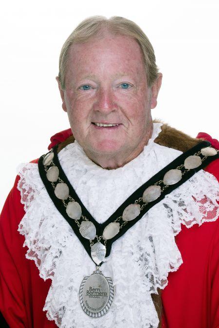 Mayor Peter Hunt